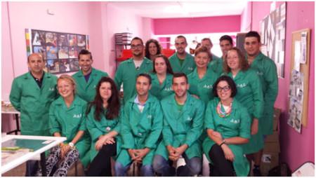 Participantes en el curso de la Escuela de Artesanos (Foto: Empiel).