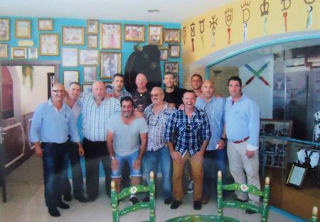 De izquierda a derecha, en la fila de atrás: Juan Antonio, Félix, Sánchez, Ramírez, Mora, Quique Romero, Cibaja, Díaz y Fran. Delante: Perea, Luis Miguel y Tana.