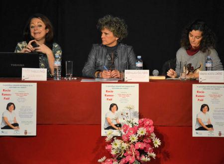 Rocío Ramos- Paúl, con Pepi Gloria Pérez y Virginia Moreno.