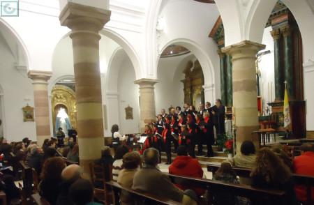 Actuación de la Coral Polifónica de la Escuela Municipal de Música, dirigida por María del Mar Galán Pérez.