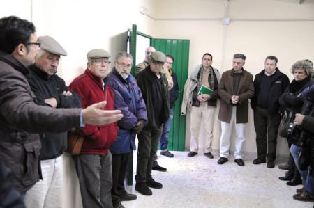 Reunión del delegado territorial con concejales y vecinos de la zona.