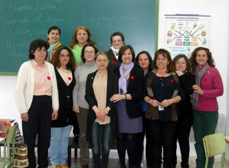 Participantes en el taller, con la concejal Remedios González.