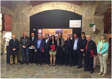 Premiados, organizadores y representantes municipales (Foto: Escuela de Artesanos de la Piel).
