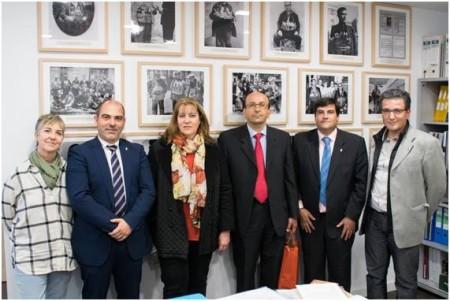 José Pulido, Juan Enrique Gutiérrez y Manuel Ángel Chacón, con los representantes de Albacete.