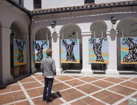 La exposición está abierta en junio y julio de 2016.