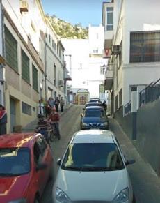 Suspensión del doble sentido de circulación en Ingeniero Juan Romero Carrasco por obras de arreglo de la calle Pasadilla