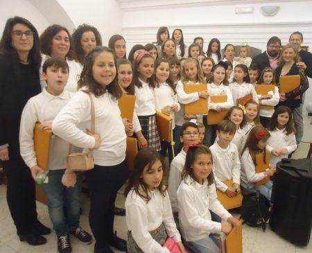 La escolanía, al finalizar la misa del Domingo de Ramos.