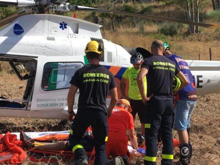 Un ciclista, herido tras caer por un barranco de diez metros en el sendero del Pontón