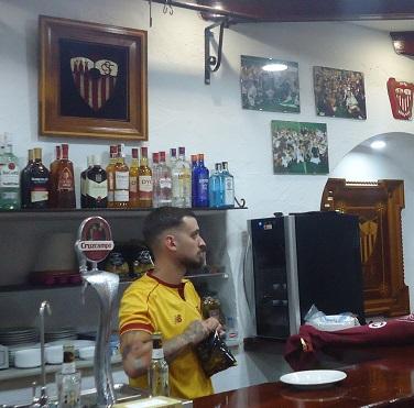Jairo, adjudicatario del bar.