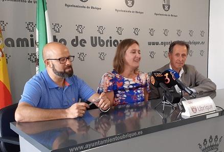 Reunión de la alcaldesa con el diputado provincial de Desarrollo Estratégico con vistas al fortalecimiento del sector turístico