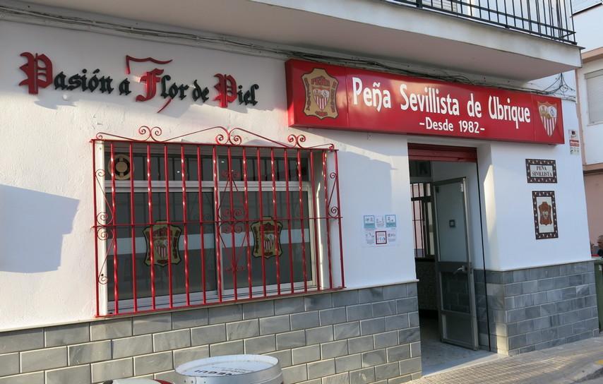 Inaugurada la nueva sede de la Peña Sevillista de Ubrique