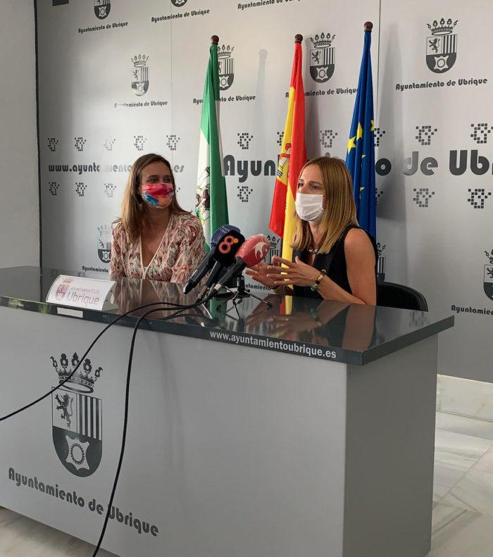 Isabel Gómez y Ana Carrera.