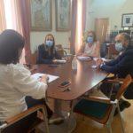 La diputada provincial de Empleo y la alcaldesa se reúnen para poner en marcha un programa de formación homologado por la UE