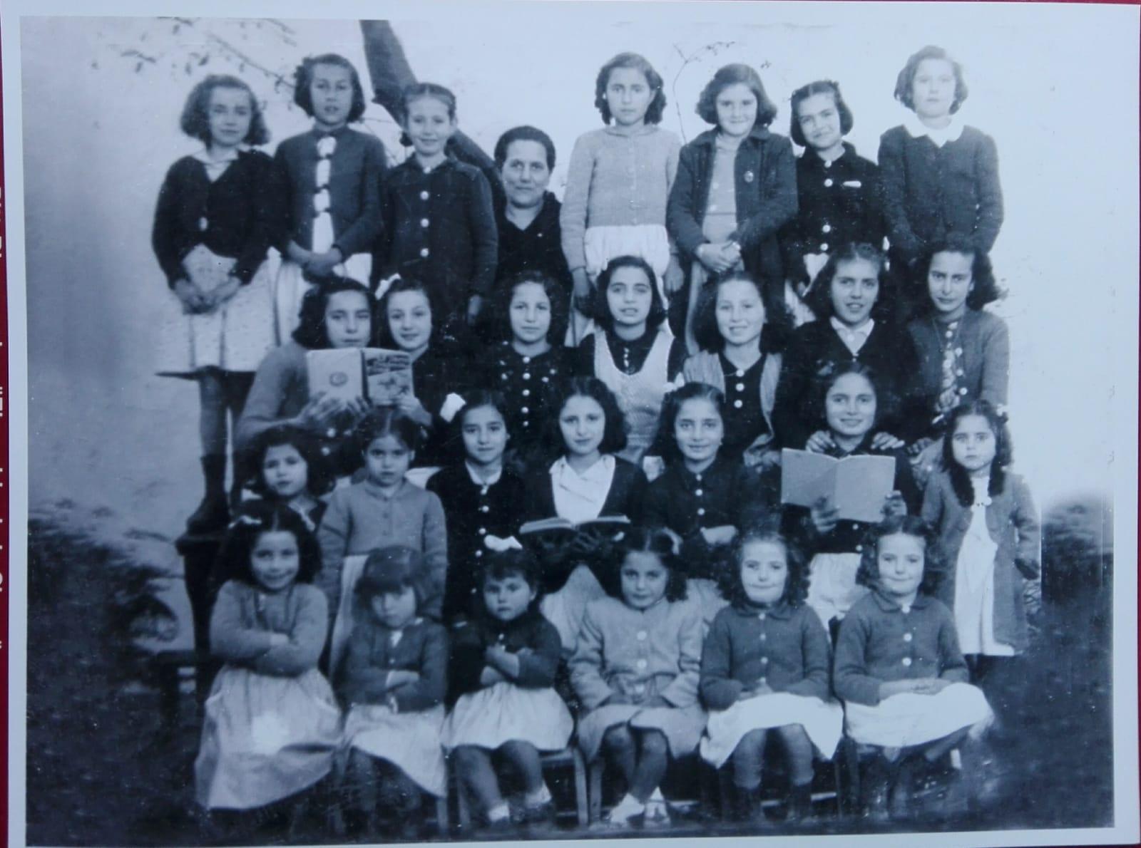 Recuerdo de la maestra ubriqueña Francisca Gutiérrez García, por Pedro Bohórquez