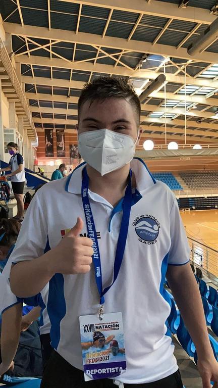 El ubriqueño Javier Herrera Márquez, 3º en el campeonato de España de nadadores con síndrome de down en la categoría junior