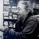 El escritor y periodista Jesús Ynfante, nacido en Ubrique en 1944 y fallecido en Los Barrios en 2018.